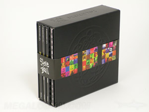 Multidisc slipcase set with 4 volumes and a spiral notebook