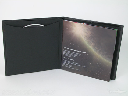 CD Book with glued on sleeve black uncoated paper